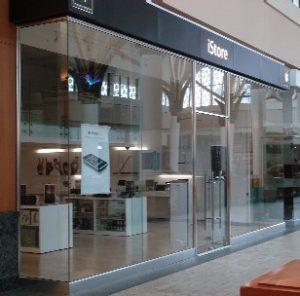 shop glass1